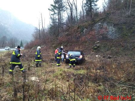 Feuerwehr; Blaulicht; FF Bad Ischl; Unfall; PKW;