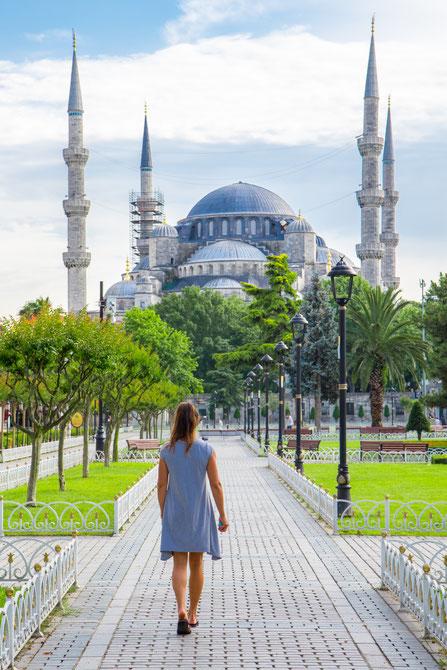 Viviane walking towards the Blue Mosque