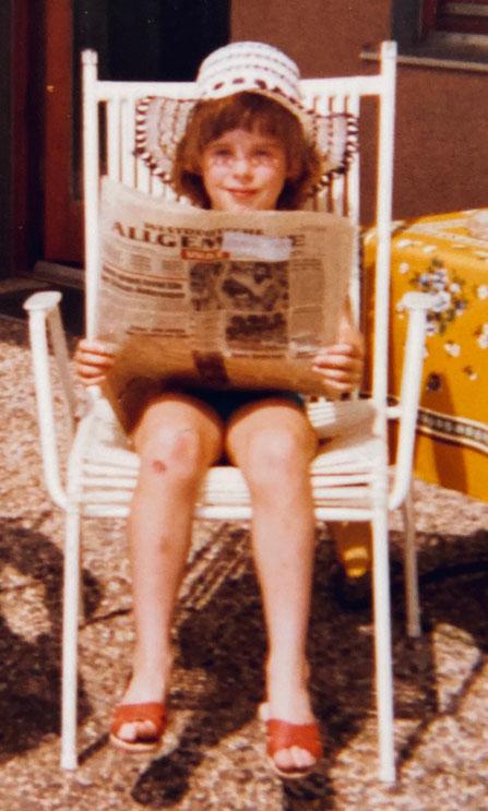 Zeitungskind: Keinen Morgen ohne – selbst in den Urlaub wird die Zeitung stets nachgesandt.