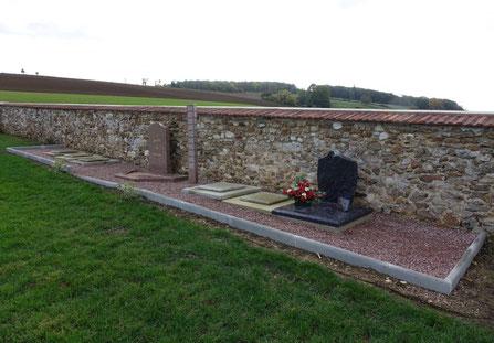 La Chapelle-Monthodon. Le Jardin du Souvenir.
