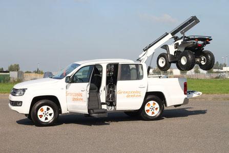 behindertengerechter VW T-Cross, Selbstfahrerumbau, elektronisches Linksgas, Sodermanns