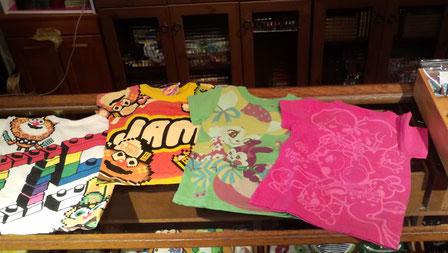 JAMとヴァナヴァナのTシャツよ(2730円こちらも大人サイズあるわよ。メンズは完売よ)