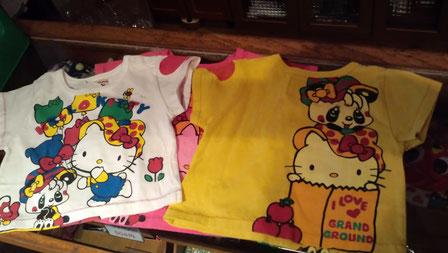 グラグラとキティのコラボTシャツよ