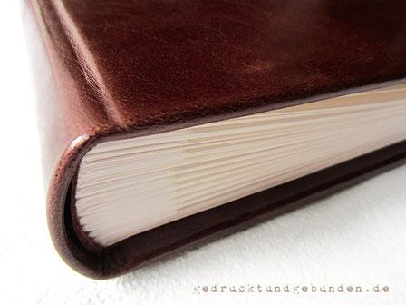 Handgefertigter Foto-Gästebuch-Buchblock naturweiß 60 Blatt/120 Seiten ohne Pergaminzwischenlagen im Hardcover Ledereinband