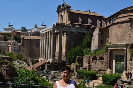 Roma; foro romano; Academia Idearte; Naty Sánchez Ortega; templos; arquitectura sagrada;