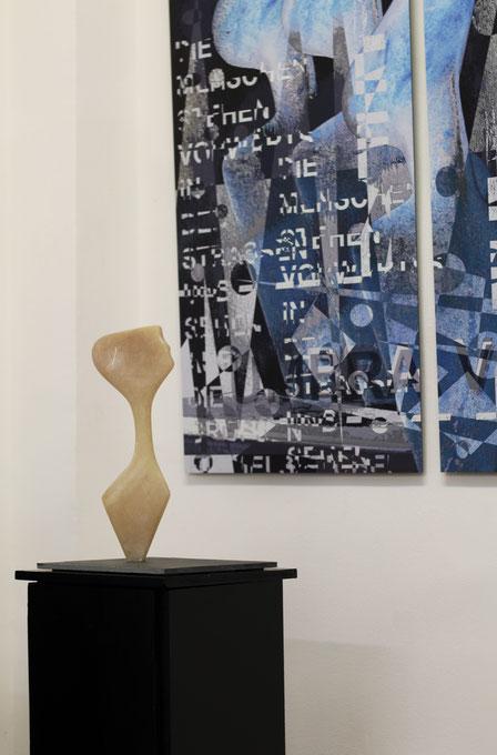 Heidrun Feistner: Ich hör auf die Zeichen / Alabaster / Ausstellung Madrid Eka& Moor / Foto HF