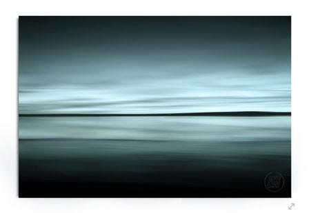 """""""Somewhere. Horizon"""". Fine Art Fotografie. Minimalistische see-Landscahft in blau-grün Tönen."""
