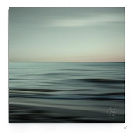 """Waves of Calm"", Abstrakte See-Landschaft mit ZEN-Feeling in sanften Blau-Aqua-Tönen."
