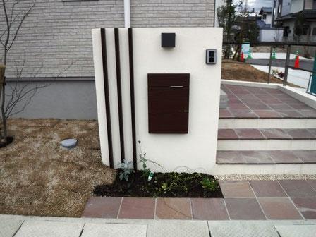 門柱施工写真1