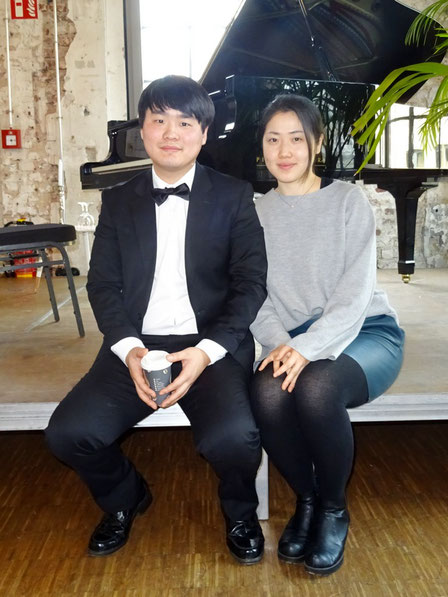 Pianist SE-HYEONG YOO und Geigenspielerin JUYEAN IM. Foto: G. Kicker.