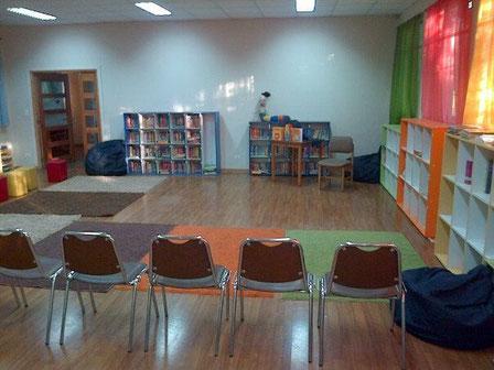 Por empezar a contar cuentos, el Día del Libros son todos los días. CRA Don Orione Cerrillos.