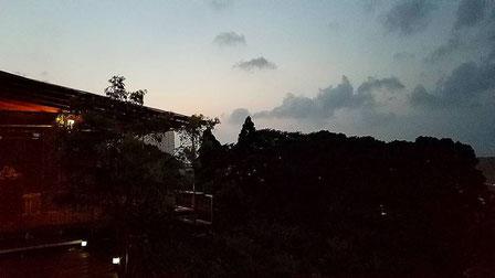 2017年7月 撮影 夕方のAデッキ風景 猫バスを背景に