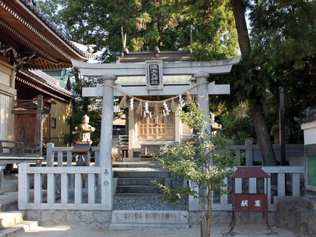 源太夫神社
