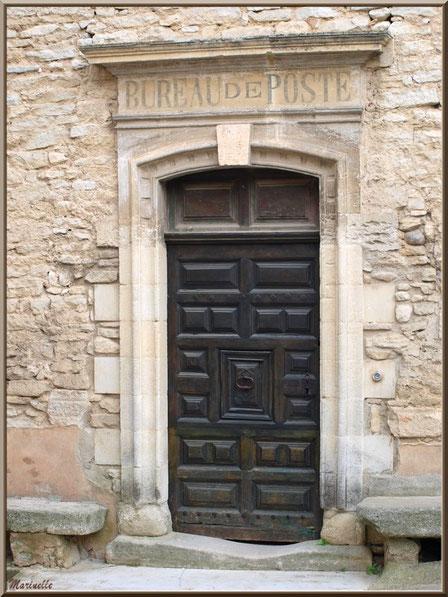 Ancien Bureau de Poste, porte entrée - Goult, Lubéron - Vaucluse (84)