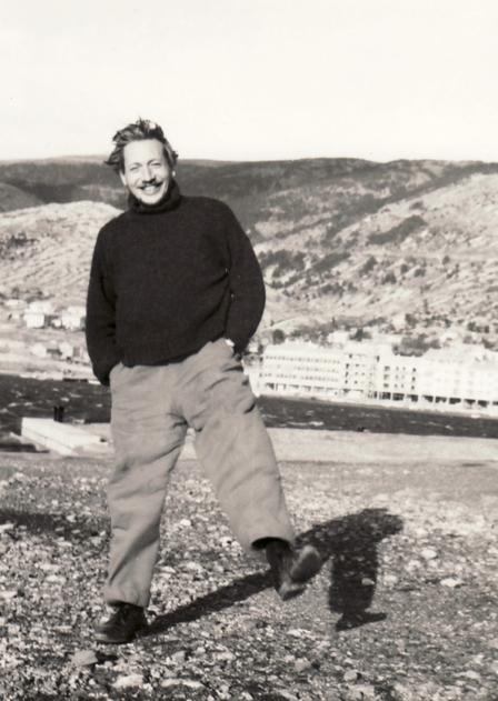 Amud Uwe Millies beim Malen in Senj, Jugoslawien, 1964