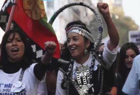 Mapuche-aktivister protesterer imod modekoncernen Benetton