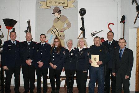 Feuerwehr Bleckenstedt Ehrungen und Beförderungen zur Jahreshauptversammlung 2016