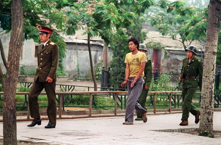Anholdt aktivist (juni 1989)