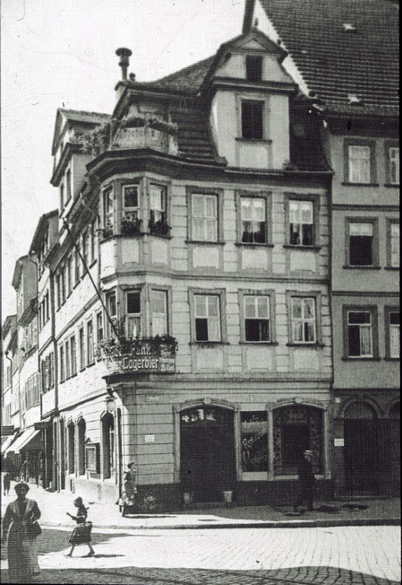 Markt 11 (Ecke Spitalstraße) ca. 1905