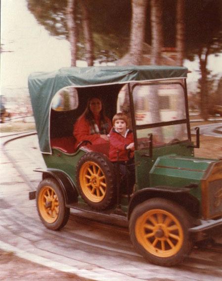 Y..........manejo mi coche. F. Pedro. P. Privada.