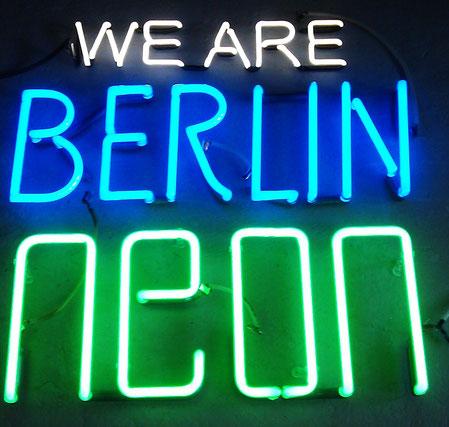 Leuchtschrift Neon Berlin // Neonjoecks