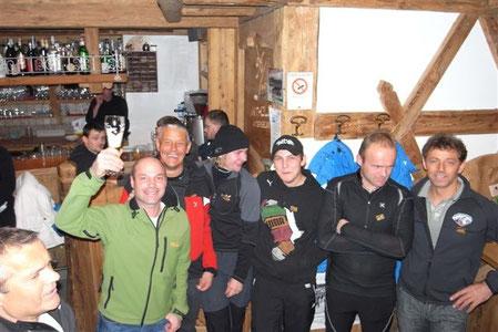 Die Mannschaft aus Weissenbach nach dem Biathlon in Antholz