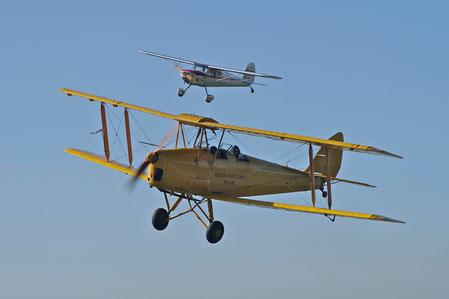 D.H.82A Tiger Moth - N8233