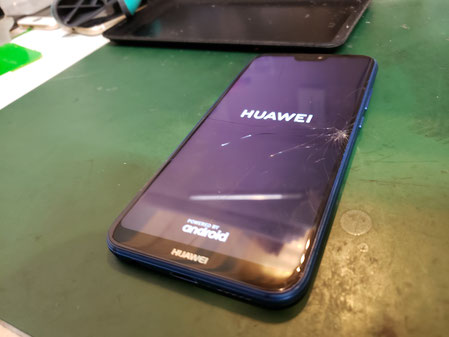 Huawei P20lite 画面割れ