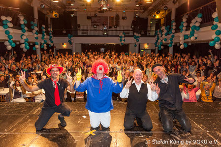 Foto COLOGNE DEAF SHOW Abschluss Saalblick mit Zuschauer