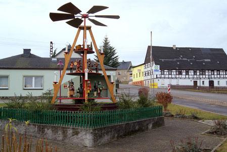 Bild: Wünschendorf Erzgebirge Weihnachtspyramide 2011