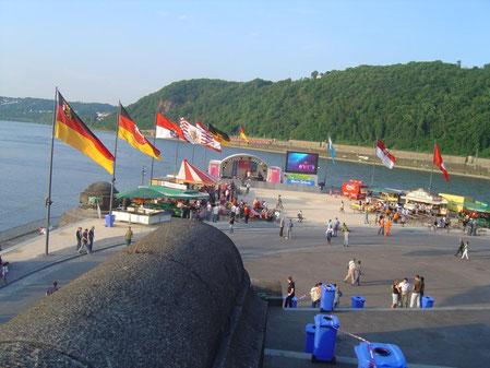 WM 2006 - Public Viewing am deutschen Eck