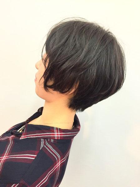 横浜・日吉・菊名・美容室☆女性の笑顔を作る専門家☆美容家 奥条勇紀 髪型を楽しむ代表のしおりちゃん