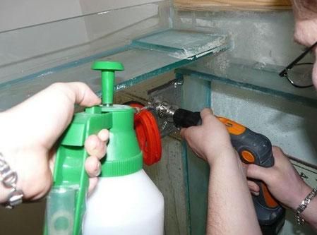 Perçage du bac pour lui installer une decante externe