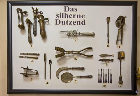 Bergemann Besteck- und Silberwaren. Berlin Lichterfelde West, Drakestraße. Alte Servierteile
