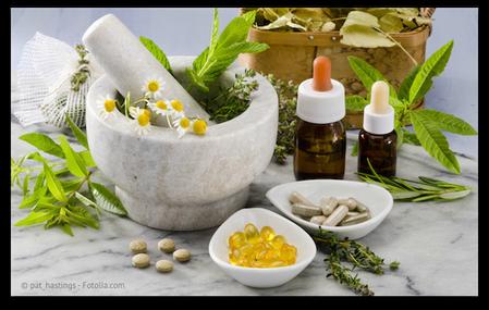 Entgiftung mit natürlichen Mitteln oder Medikamenten (© pat_hastings - Fotolia.com)