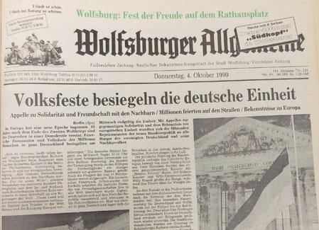 Die Titelseite der Wolfsburger Allgemeinen Zeitung am 4. Oktober 1990. Abdruck mit freundlicher Genehmigung der Wolfsburger Allgemeinen Zeitung und freundlicher Unterstützung des Wolfsburger Instituts für Zeitgeschichte und Stadtrepräsentation