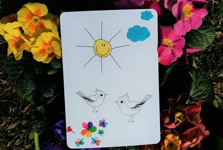 Postkarte zum ausmalen - Frühling - beidseitig bedruckt mit Vögeln und Sonne - ausgemalt