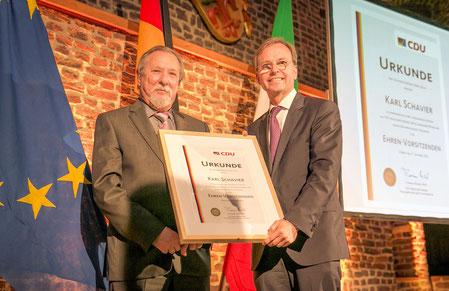Bundestagsabgeordneter des Kreises Düren, Thomas Rachel MdB, ernannte beim 70. Gründungsjubiläum der CDU Karl Schavier zum Ehrenvorsitzenden der CDU im Kreis Düren.