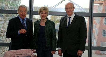 Von links nach rechts: Klein, Schneckenburger, Dr.-Ing. Bökamp