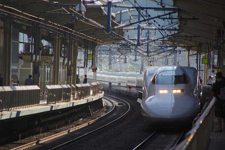 """Meine Höhepunkte auf dem """"Shinkansen"""" in Japan  Die beeindruckende Organisation und Pünktlichkeit des Shinkansen in Japan    Mehr Informationen unter: http://www.jreast.co.jp/e/index.html"""