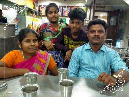La famille réunie en septembre 2017 à l'occasion d'un diner commun à l'extérieur