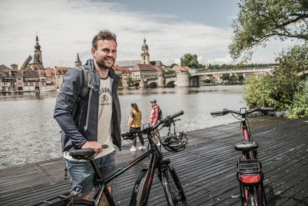 mit dem e-Bike Städte erkunden - jetzt kompetente Pedelec Beratung und kostnelose e-Bike Probefahrten in der e-motion e-Bike Welt Olten