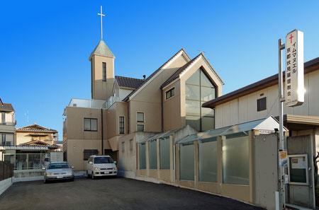 教会正面玄関(税務署側)