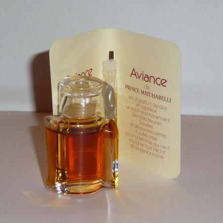 AVIANCE : FLACON DE PARFUM ET ECHANTILLON TUBE