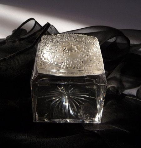 COTY : PARFUM LA JACEE - FLACON EN CRISTAL CREE PAR RENE LALIQUE EN 1923