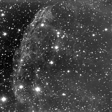 Resto di supernova IC443 nella costellazione dei Gemelli. Distanza di 5000 anni luce. Ripresa effettuata con il telescopio principale dell'Osservatorio di Cerreto d' Asti  e  camera  ccd SBIG STL1001.