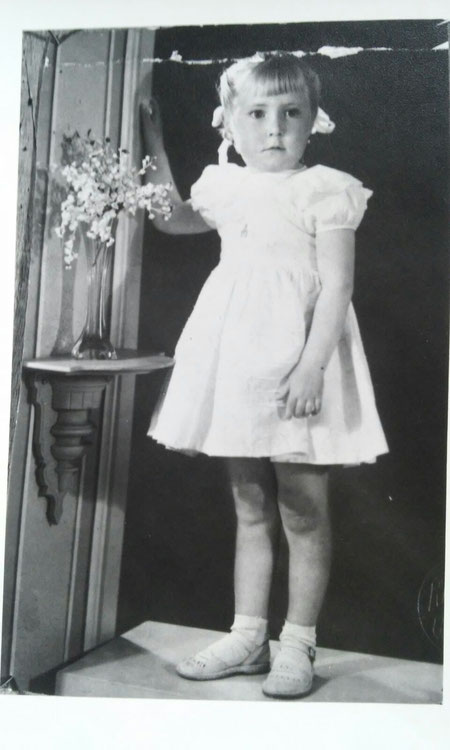 Y así mi hermana Conchi. Propiedad privada. 2 Años.