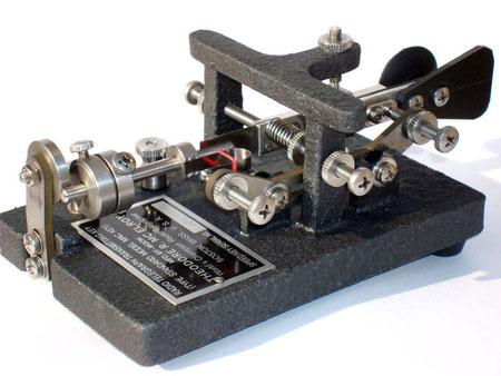I6QON (c) - replica homebrew - MAC KEY STANDARD B 1938