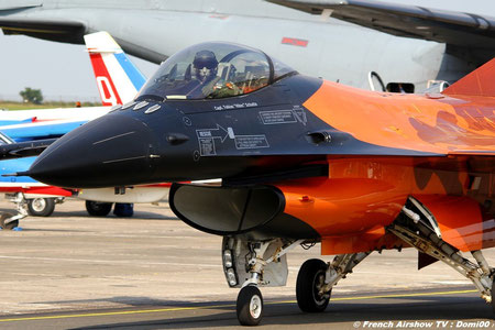 F-16  Royal Netherlands Airforce solo displays