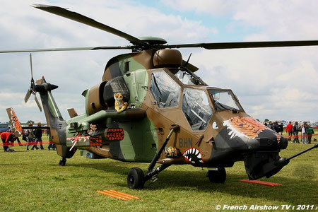 Hélicoptère: Tigre Displays eads europter helico eurocoptere   EC-665 Tigre airbus helicopter
